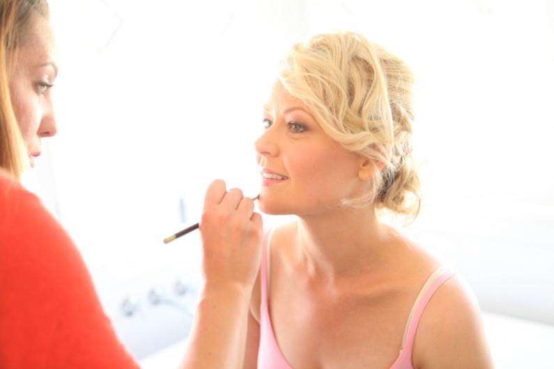 Fraser valley Mobile makeup artist