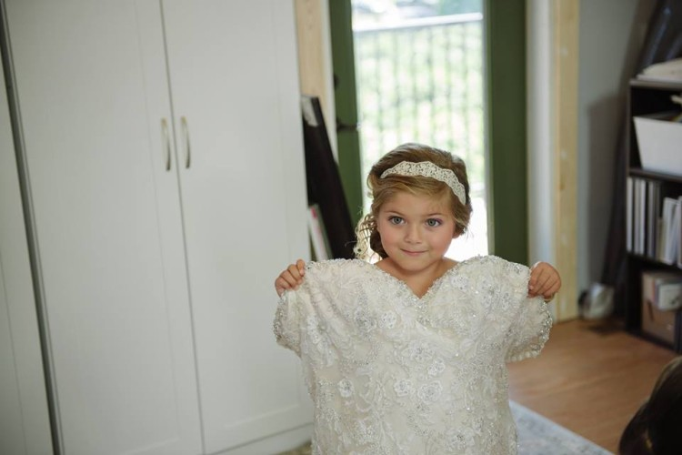 cutest flower girl photos