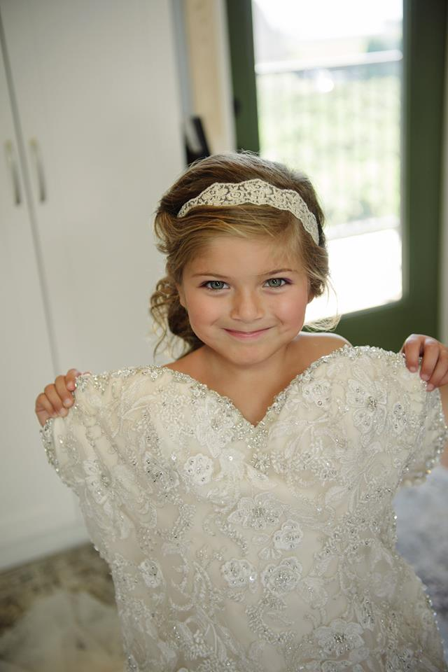 flower girl photo ideas