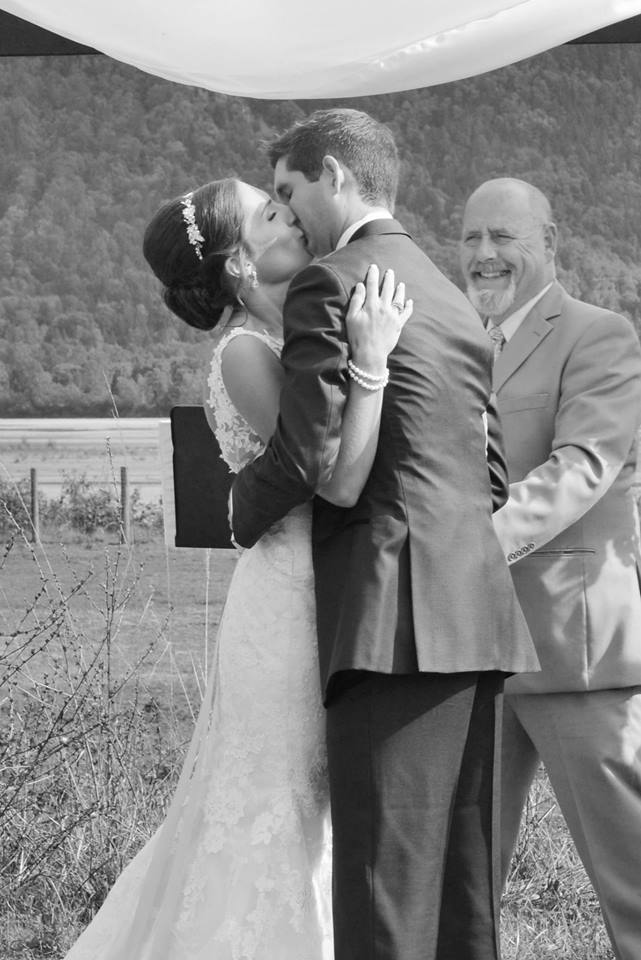 fraser river lodge weddings agassiz